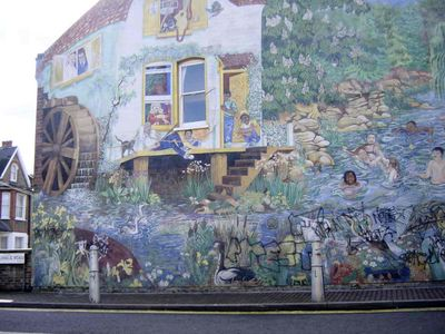 Damage to mural on Glenelg Road